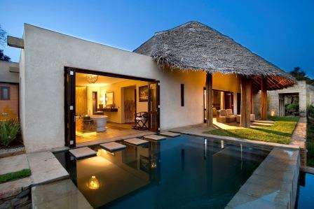 Sirai house is in the laikipia region of kenya on the borana conservancy at the foot of mount kenya and is situated high on a remote ridge at the edge of