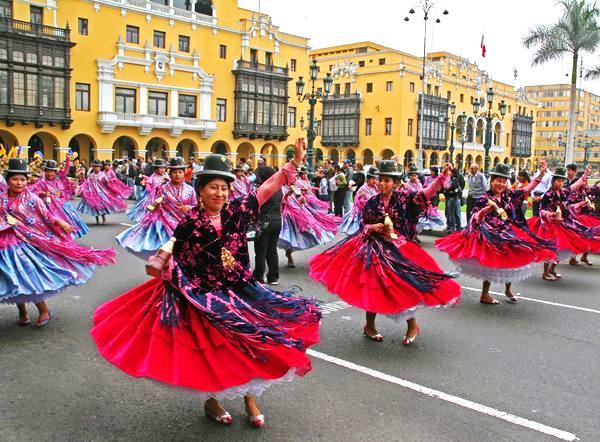 dancers peru